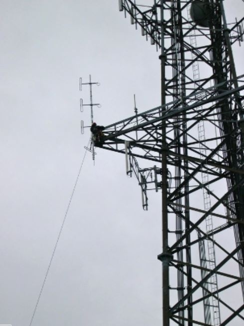 PARC-Truro Dipole Install 2012-34