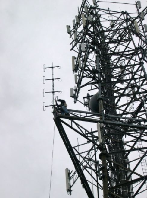 PARC-Truro Dipole Install 2012-37